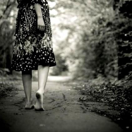 zzzzv mujer caminando03